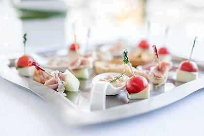 Livios Café, Bar und Restaurant - Gerne versorgen wir Ihre Gäste bei Ihrer Veranstaltung mit Häppchen und Fingerfood