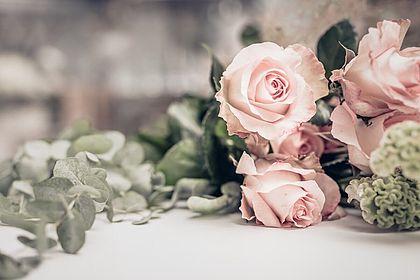 Livios Floristik in Hainburg an der Donau - rosa Rosen kaufen